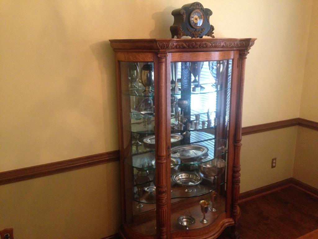 Antique Furniture. We buy ... - Antique Furniture Buyer Virginia Beach Raymond's Antiques
