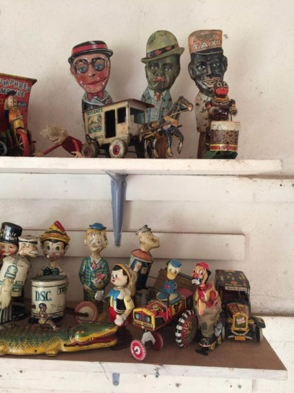 antique toy buyer