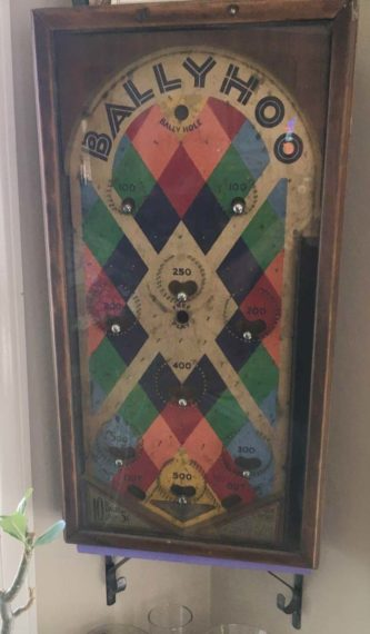 1920s pinball machine