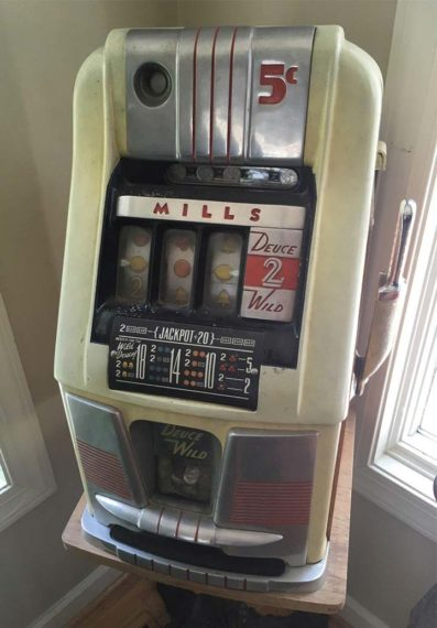 early slot machine antique