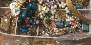 gold jewelry costume jewelry